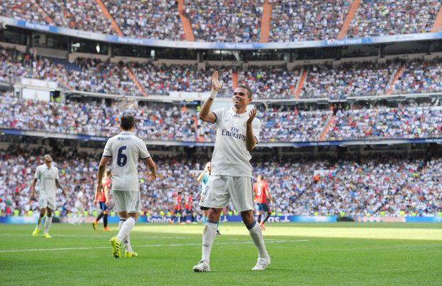 Pepe celebra su tanto ante Osasuna. (Getty)
