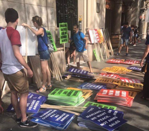 Ni una pancarta contra el terrorismo islamista pero sí contra el Rey y el Gobierno