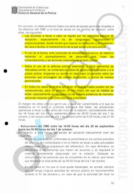 """Trapero reconoce en su propio informe que ordenó """"contención"""" a los Mossos en el referéndum ilegal"""