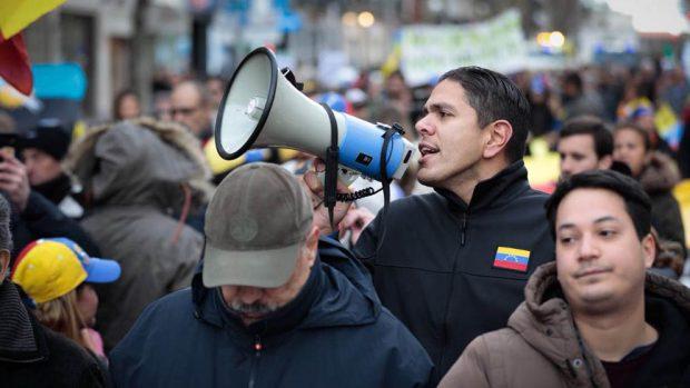 Cientos de opositores venezolanos denuncian en Madrid la «farsa electoral» que quiere imponer Maduro